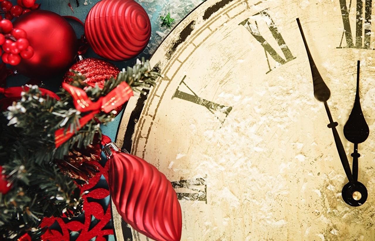 Clock_Holidays_Christmas_463414_1280x1024 min