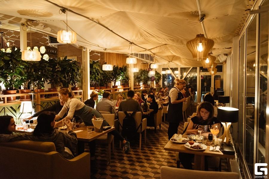 основной зал кафе-ресторана Причал